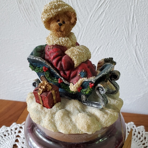 Boyds Bears Other - Boyd's Bear Christmas Sleigh Yankee Candle Topper